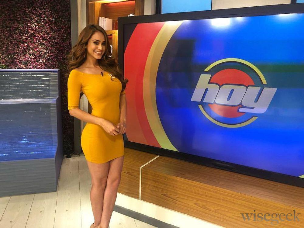 The Most Beautiful Women Forecasting the Weather