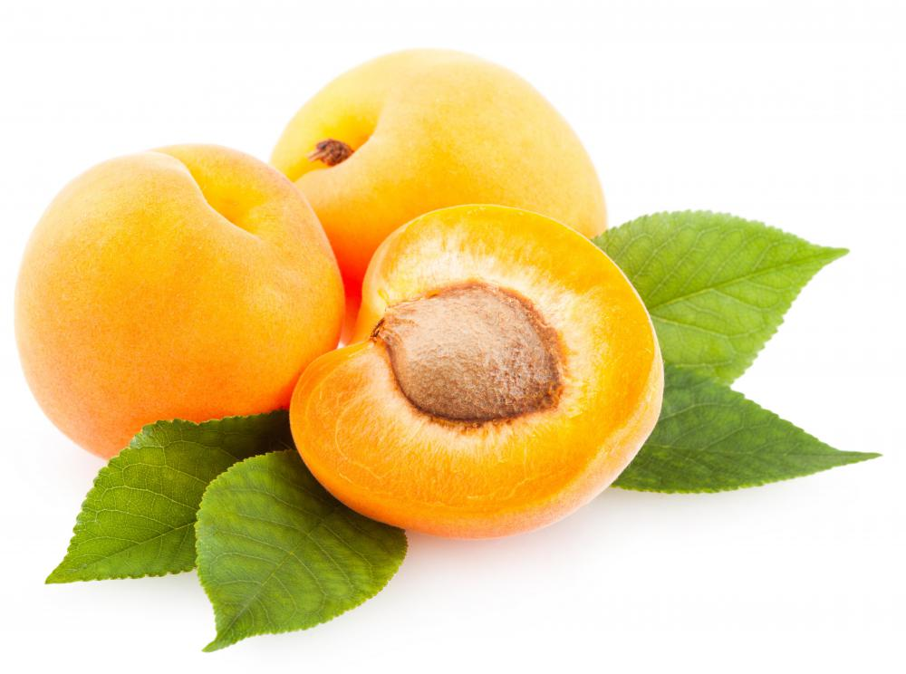 Apricots can be dried to provide a good source of fiber.