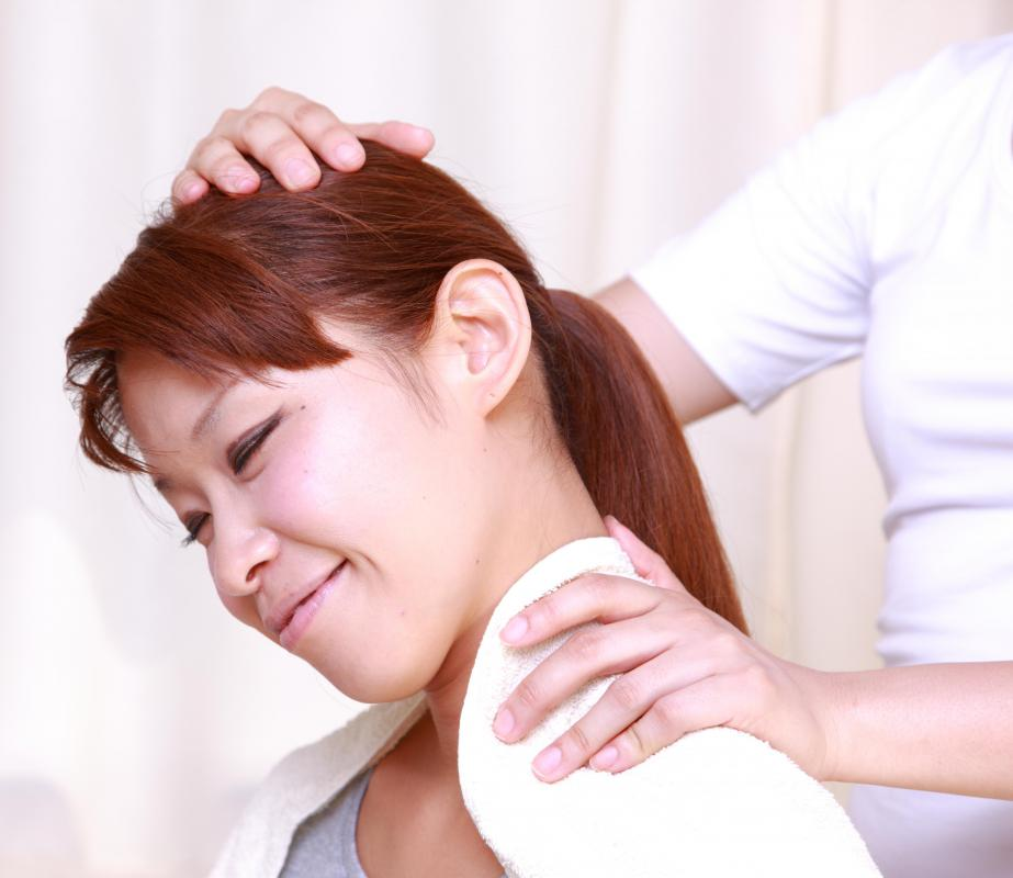 Exercises may help tighten loose neck skin.