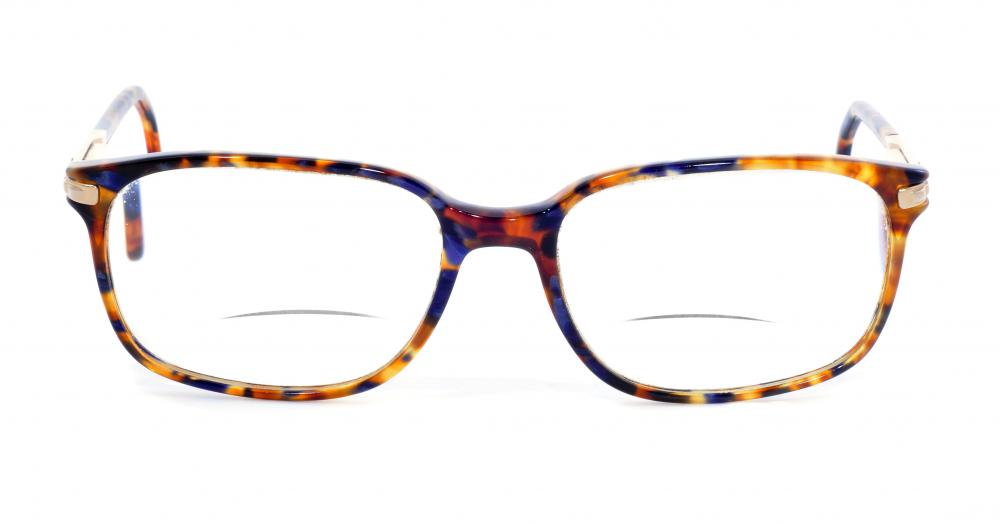Bifocal eyeglasses with a reading strength and distance strength.