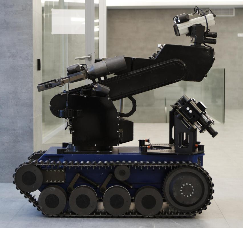 The designed for bomb-defusing robots usually incorporate arms or sensor masts that can be articulated.