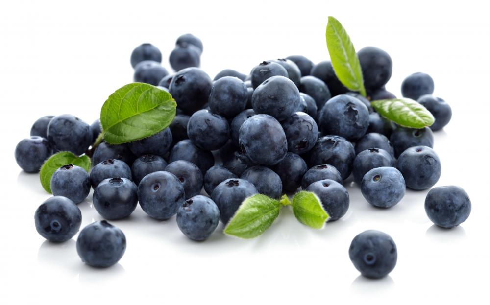 Blueberries are a good summer option for high fiber fruits.