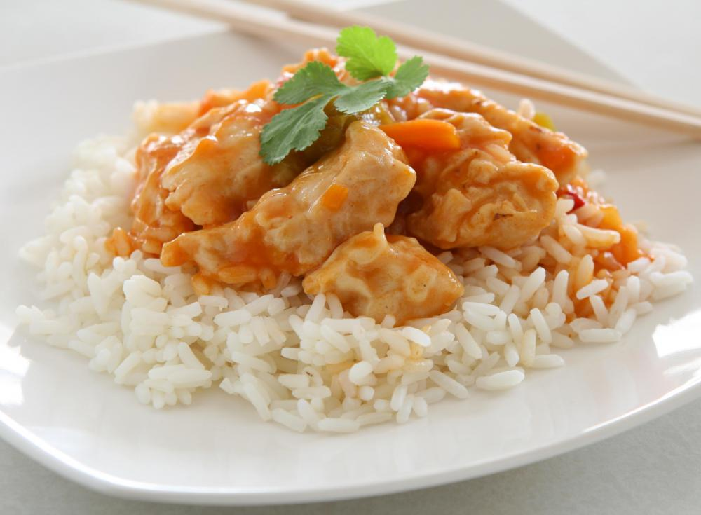 A low-sodium diet may consist of home cooked chicken, rice, and vegetables.