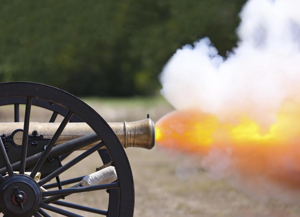 Cannons were used on Revolutionary War battlefields.