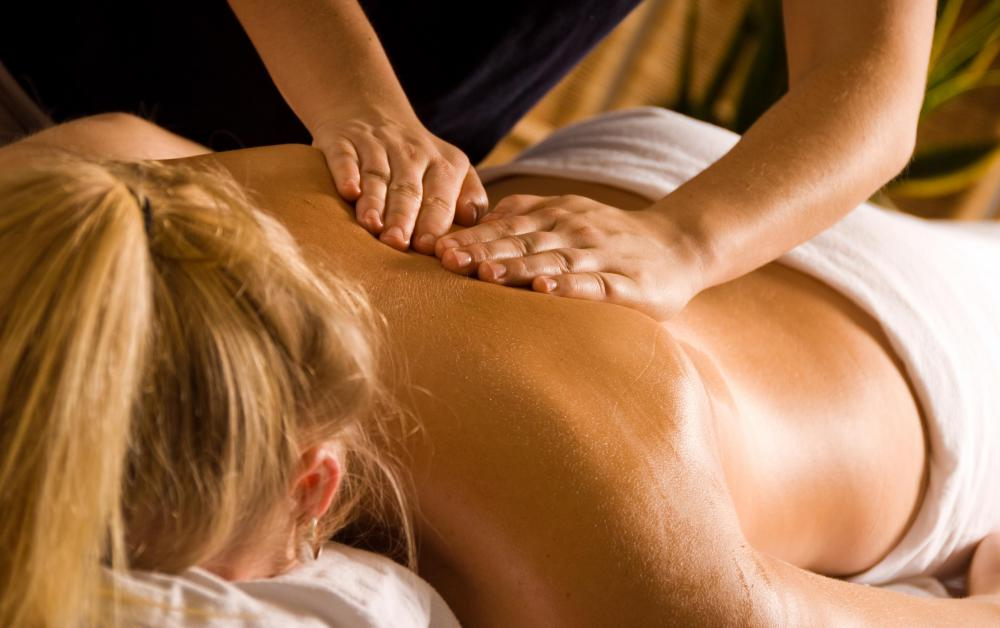 People with certain conditions like osteoporosis, arthritis, and autoimmune diseases should avoid deep tissue massages.