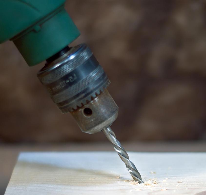 Drill bits can be made of steel, carbon steel and tungsten carbide.