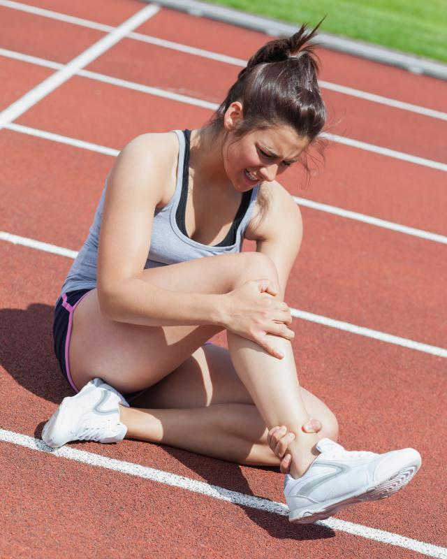 Runners who have experienced ankle injuries may benefit from a brace.