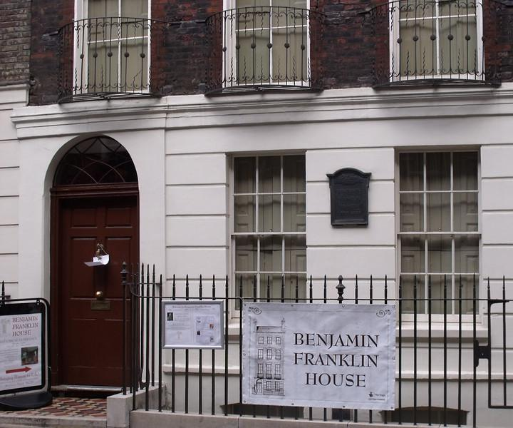 In 1998, over 1,200 bone fragments were discovered in the basement of the London townhouse where Benjamin Franklin had lived during the mid-1700s.