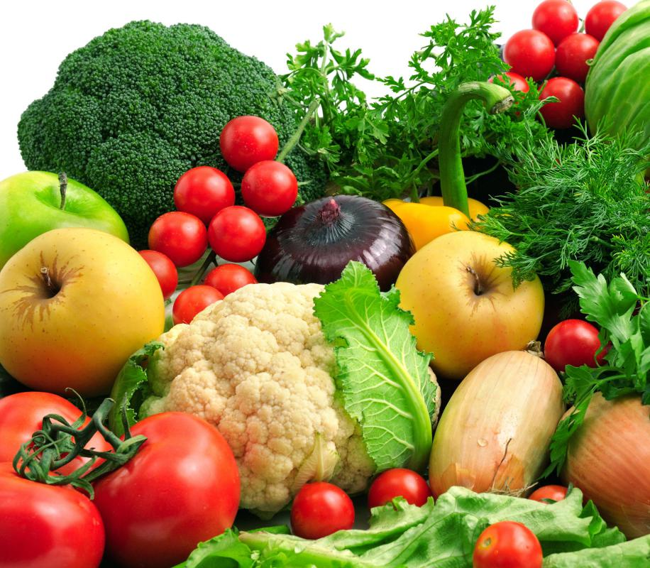 In order to maintain a healthy digestive system, eat plenty of fresh vegetables and fruits.