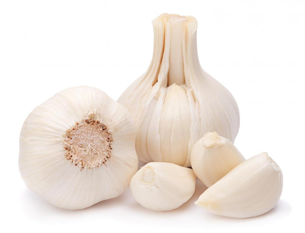 Eating garlic daily may help prevent yeast infections.