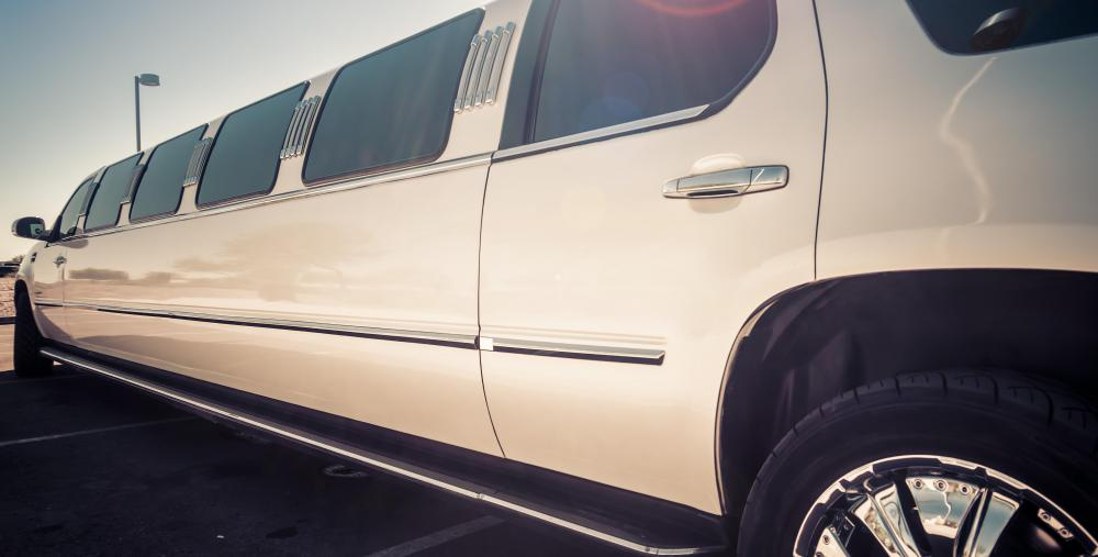 Customers are usually able to pick out the type and color limousine they want from the limousine service.