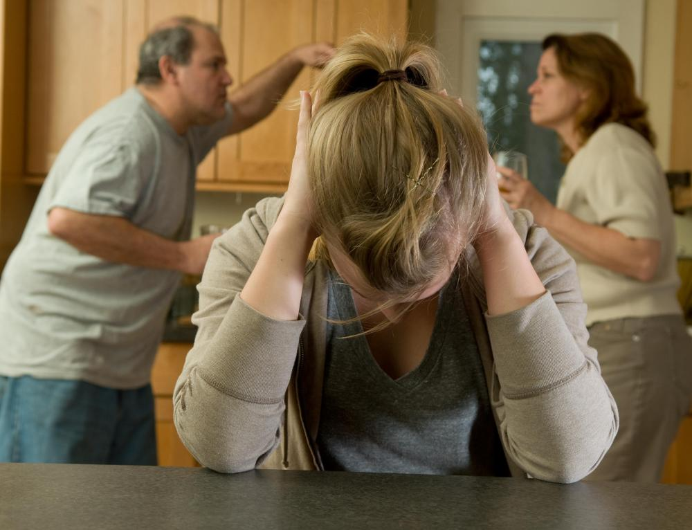 Clinical psychologists may help teenagers deal with divorce within their homes.