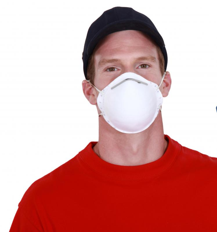 A dust mask should be worn during insulation installation.
