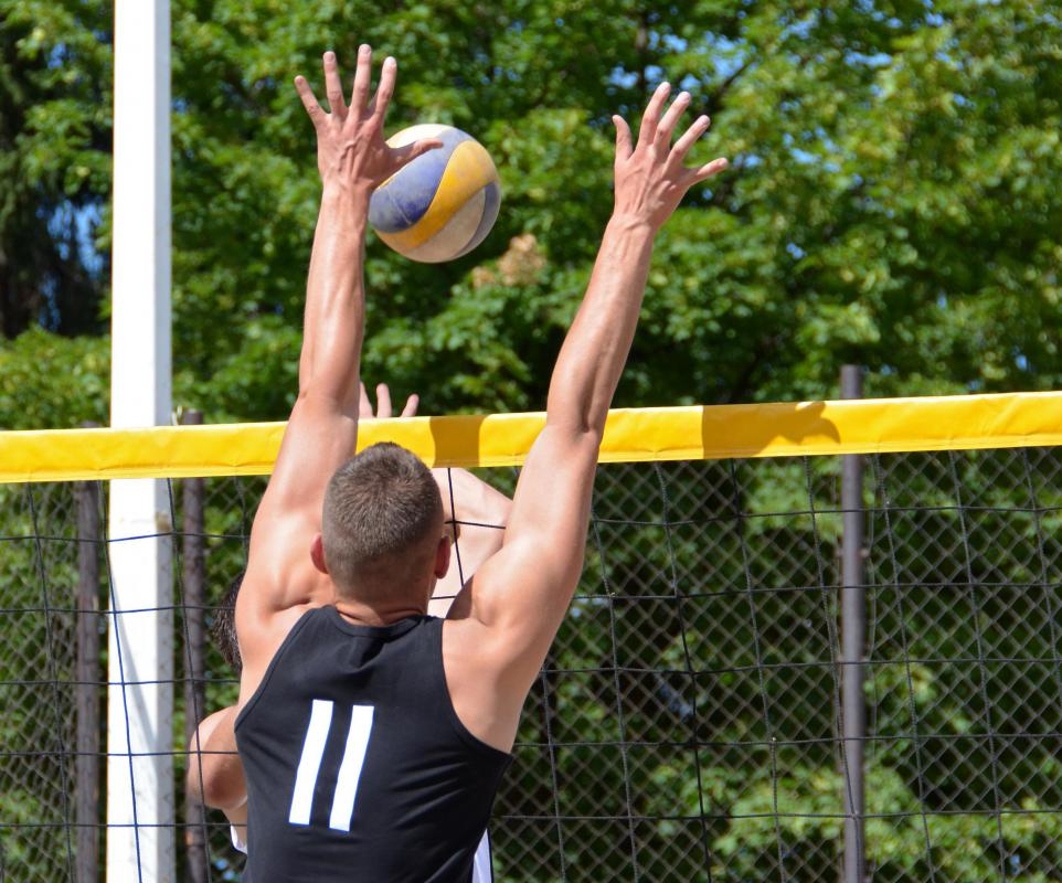 The biomechanics of volleyball can help prevent injury, improve technique, and make an athlete perform to the best of his ability.