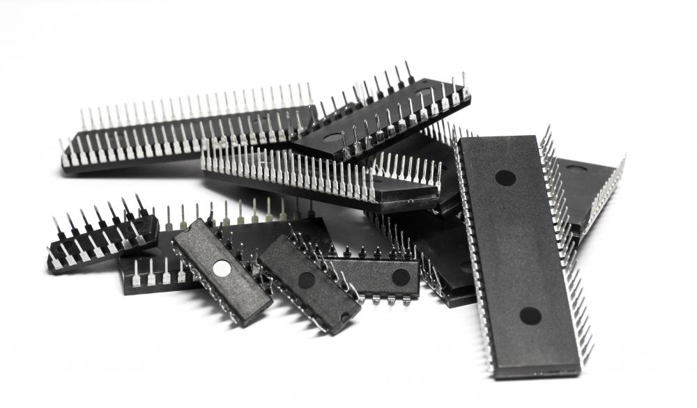 MOSFET circuits are used in 99% of microchips.