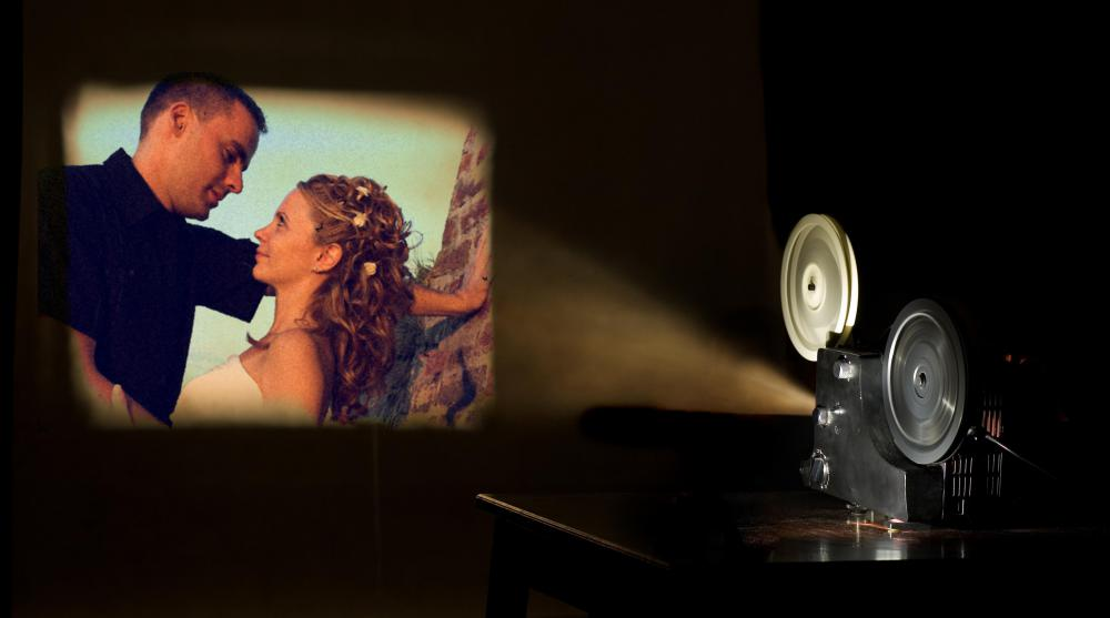 Most film projectors include a spooling system, lamp, lens and audio system as main components.