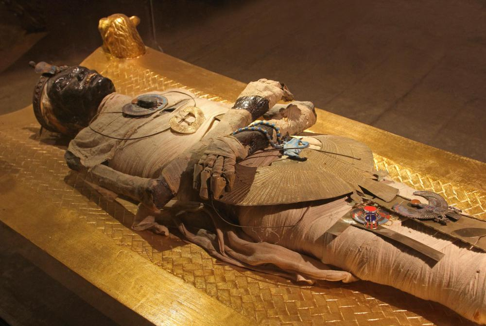 Many examples of Egyptian decorative art, including jewelry, have been found with mummy burials.