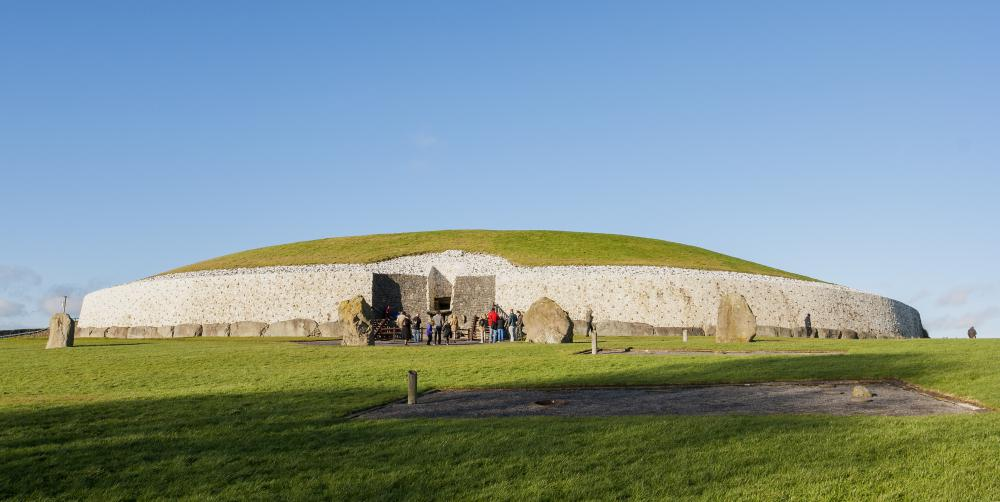 Writers of the Irish Renaissance were interested in the history of the Island's many ancient monuments, such as the burial chamber at Newgrange.