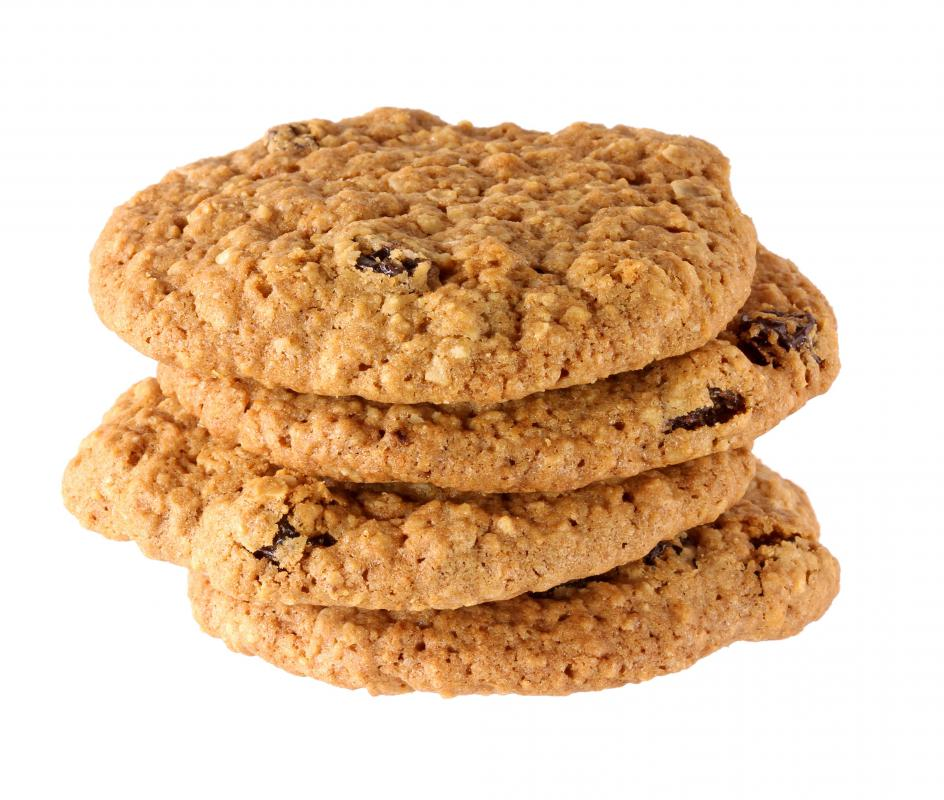Oatmeal cookies and other snacks are often high in carbohydrates.