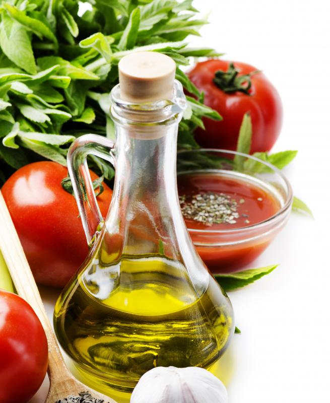 Tomatoes are packed with lycopene, which can help neutralize excessive free radicals in the body.