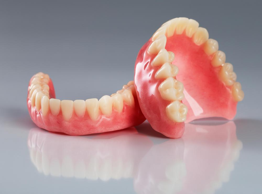 Unlike many hard dentures, flexible dentures do not typically encourage the growth of bacteria.
