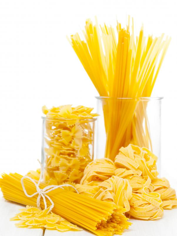 Pasta contains insoluble fiber.