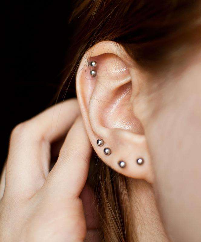 Smooth studs are commonly used as sleeper earrings.