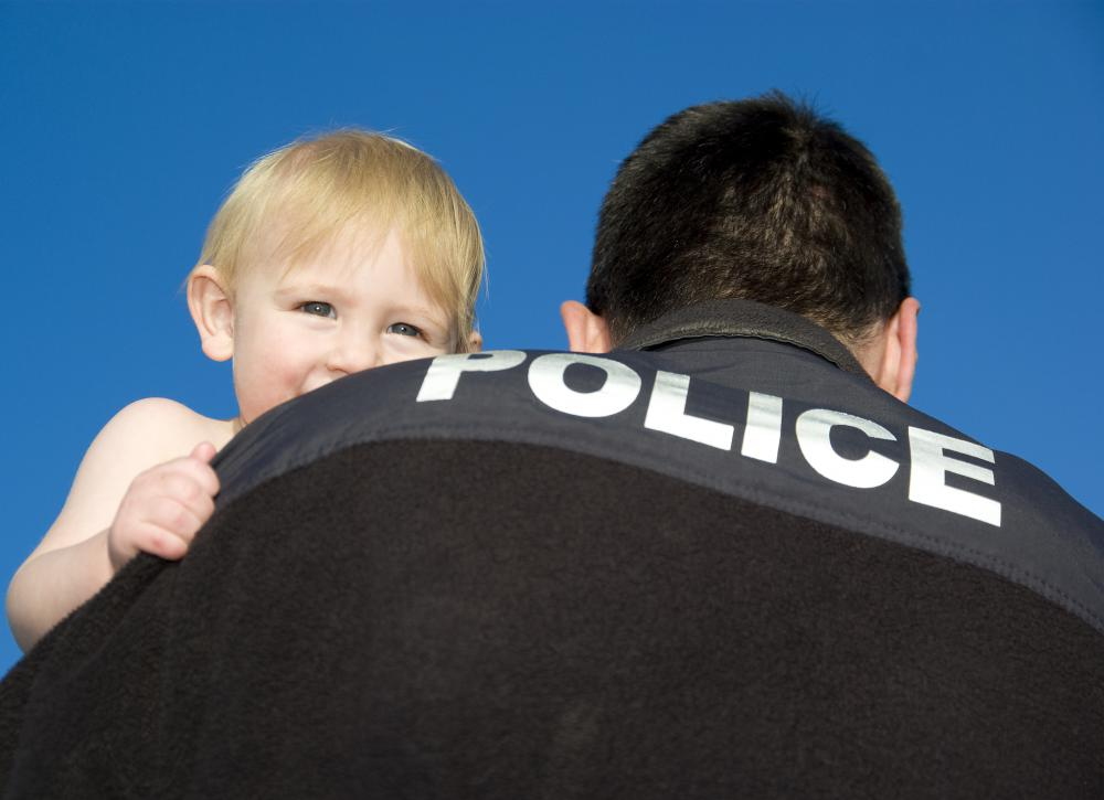Police officers are expected to be respectful and honest when they are on and off duty.
