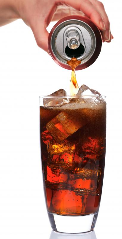 A glass of diet soda, which is allowed on the Stillman diet.