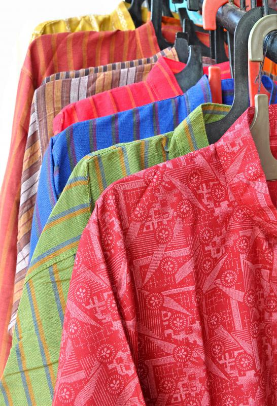 The kurta, a type of long shirt, is a common article of clothing in India.