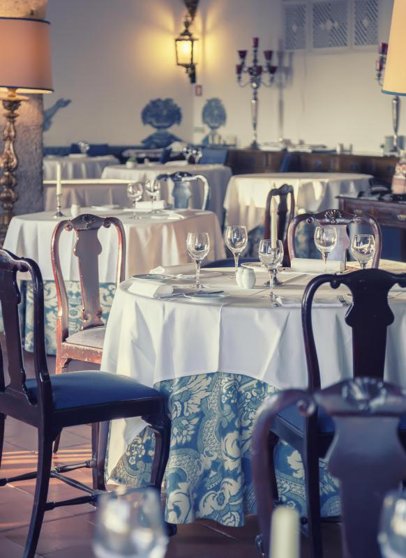 Diners at an expensive restaurant expect silver flatware and table ware as well as high-quality linens.