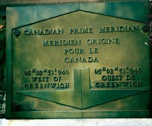 Tablet marking the Prime Meridian in Ottawa.