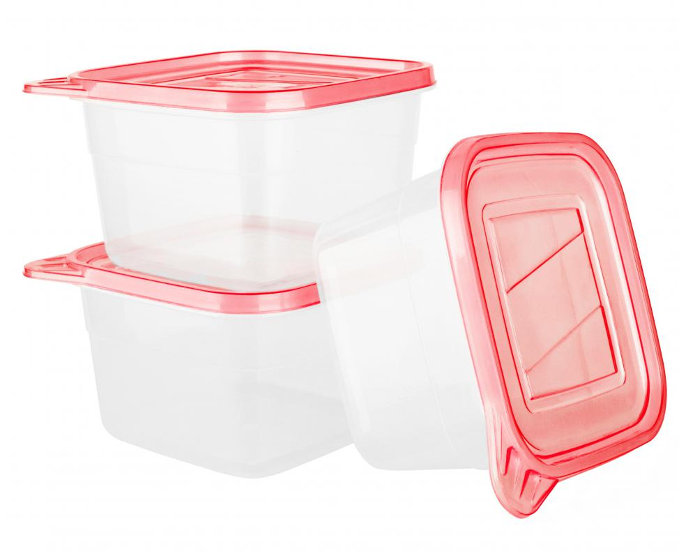 Foods can be stored in plastic containers on a temporary basis.