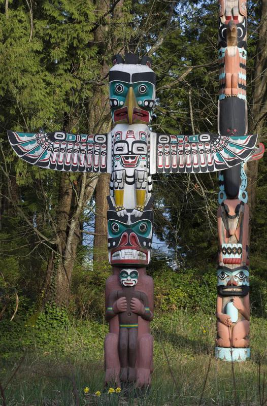 American Indian tribes of the Pacific U.S. are strongly associated with the construction of totem poles.
