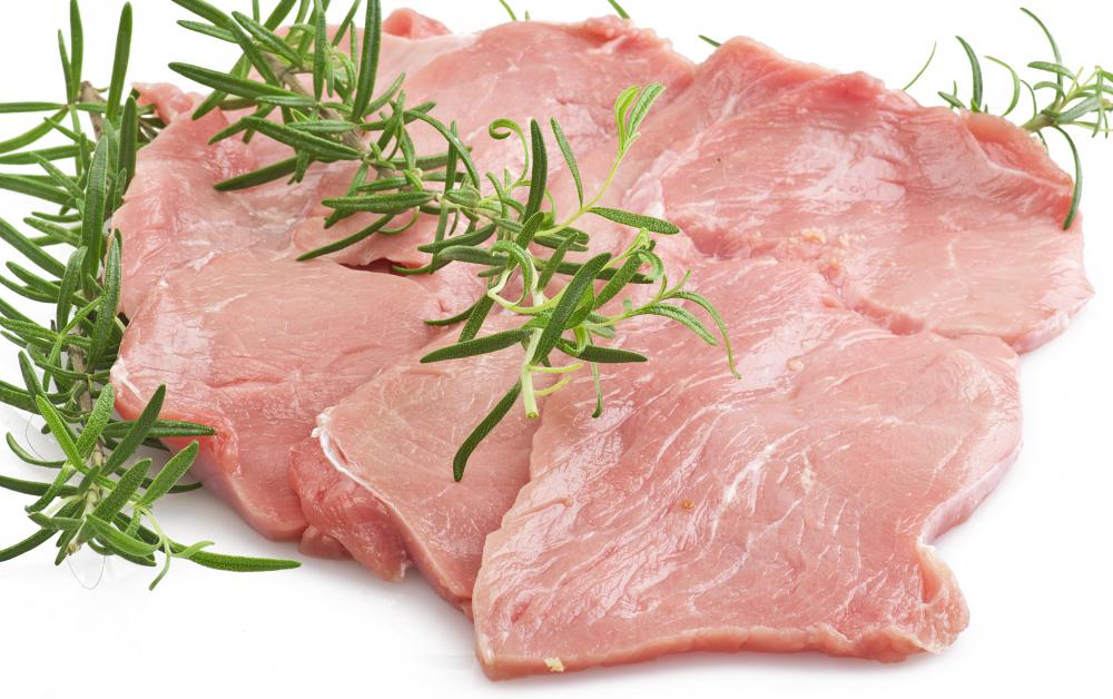 Lean meat products, such as veal cutlets, are the primary protein sources on the Stillman Diet.