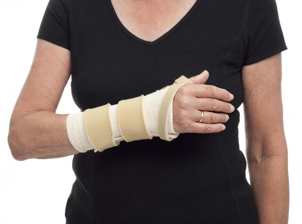 Injuries to the metacarpophalangeal joints are rare, but are treated with bracing when they do occur.