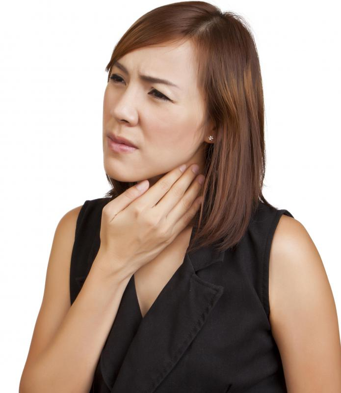 Symptoms of laryngeal papilloma in adults may include difficulty swallowing.