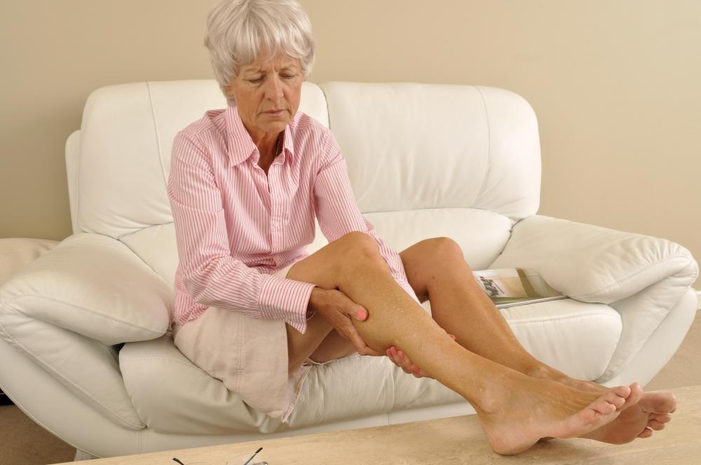 Elevating the feet may help reduce lymphedema in the legs.