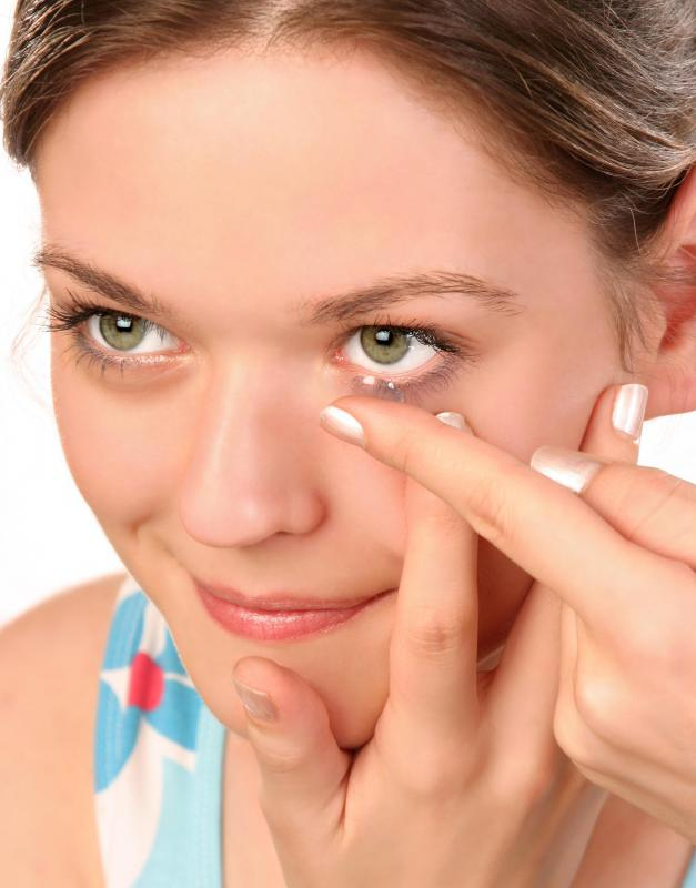 Hands should always be washed before inserting contact lenses in order to avoid infection.