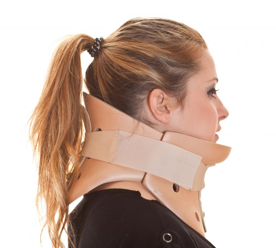 A woman wearing a cervical collar.
