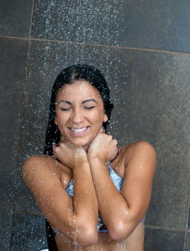 A pressure balance valve prevents water from being scalding in the shower.