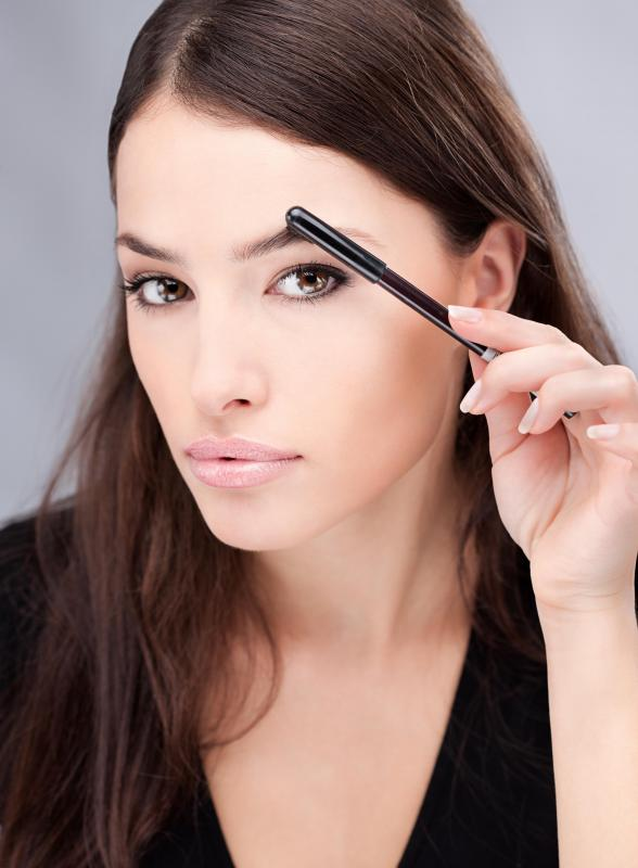 As part of an eyebrow cut, a specially designed comb should be used to straighten the hairs.